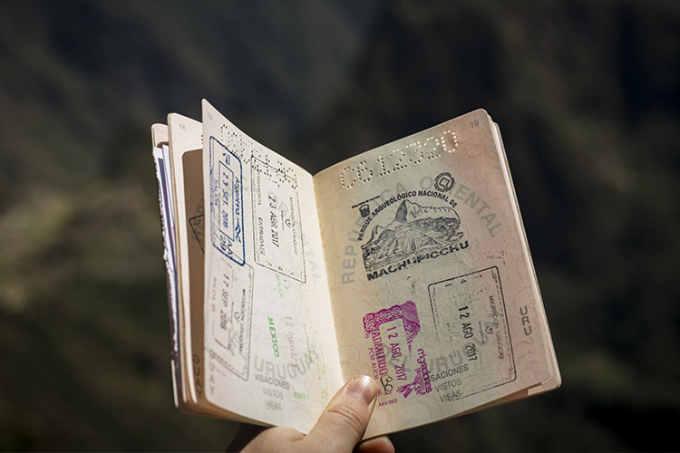 Faire une demande de visa pour étudier à l'étranger - Heyme