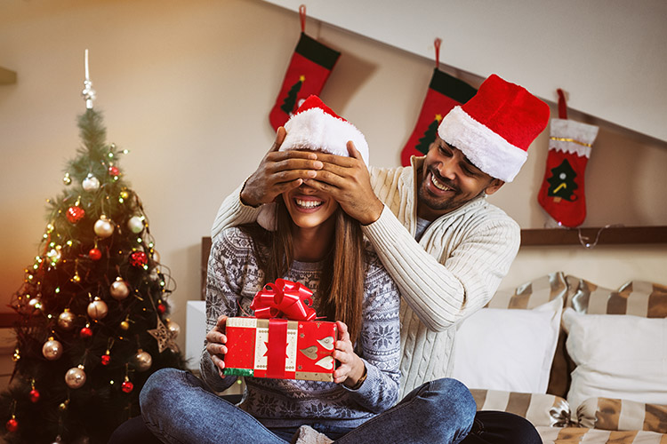 Comment faire ses cadeaux de Noël sans exploser son budget ? - Heyme