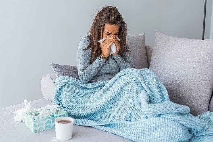 5 remèdes naturels pour aider son corps à lutter contre la grippe - Heyme