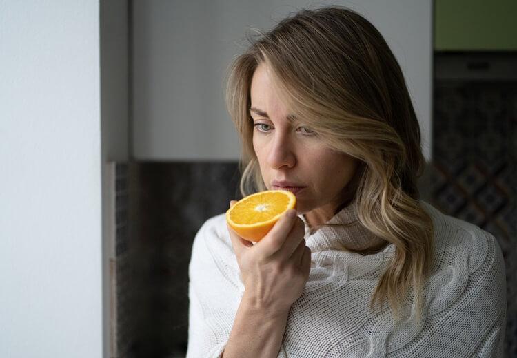 L'anosmie ou la perte d'odorat : causes et symptômes de la maladie - Heyme