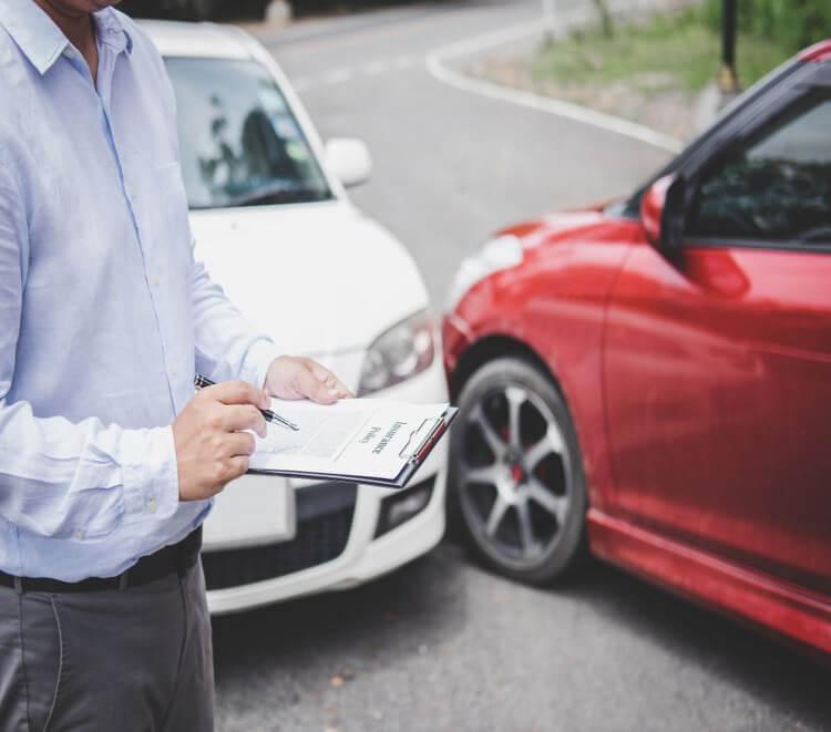 Assurance auto : constat amiable, démarches et indemnisation - Heyme